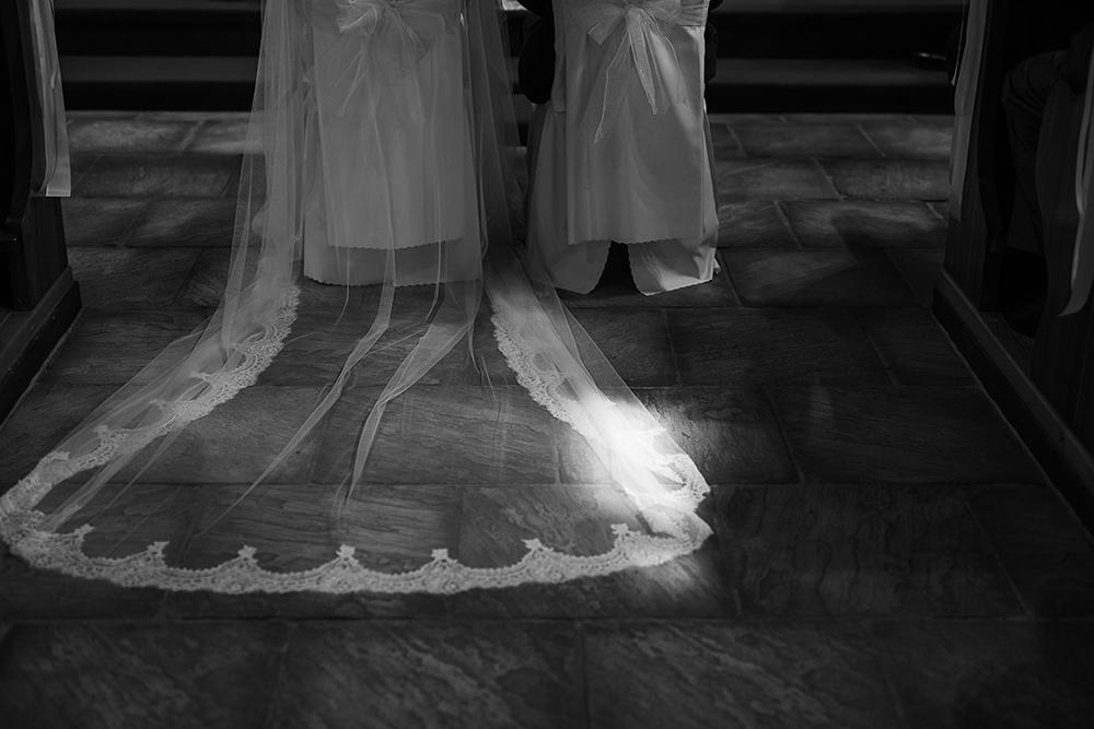 svadobné šaty reportáž