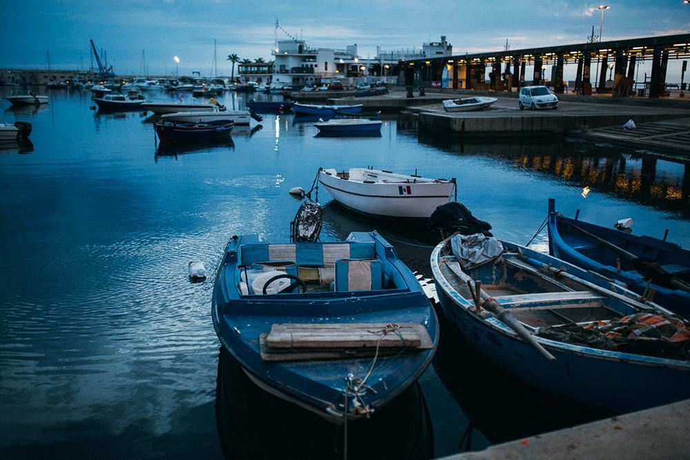 Východ slnka v Bari Taliansko. Sunrise in Bari, Italia. Martin Almasi photographer