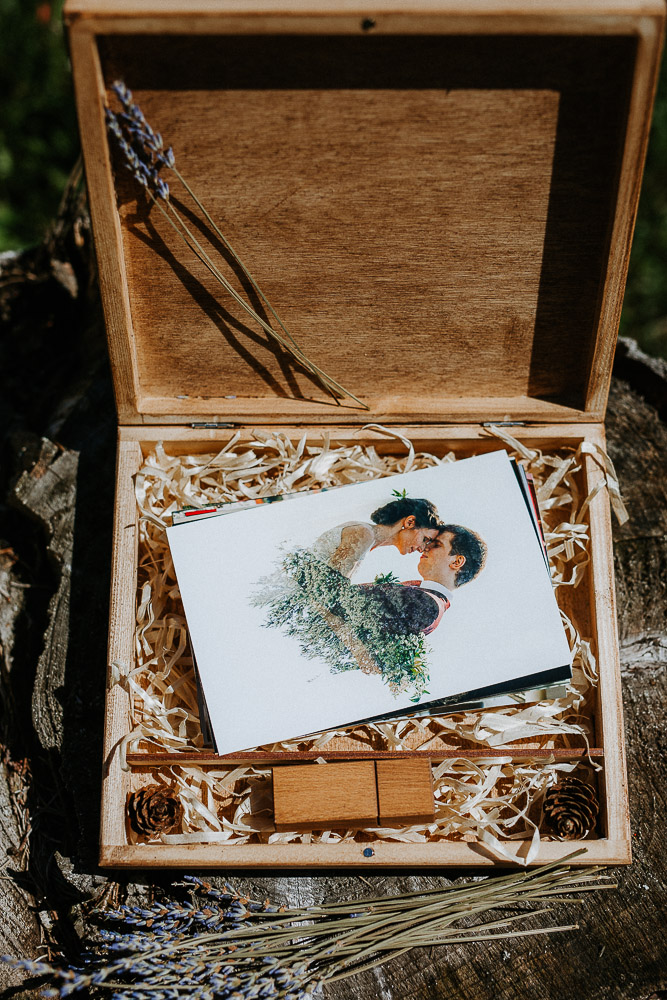 dreveny USB box na svadobne fotografie
